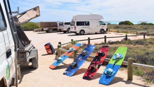 Kitesurfing lessons 5 days in Exmouth progressive camp